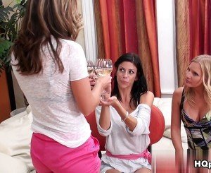 Brianna Ray, Alexis Fawx, Kristen Cameron in For your pleasure Video