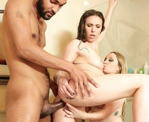 Aiden Starr & Casey Calvert & Mickey Mod in Evil MILFs Movie