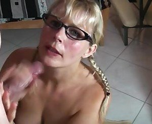 HotVivien - Dirty Talk Cumshot