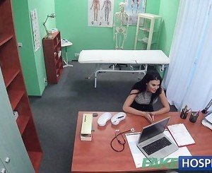 FakeHospital Doctor fucks UK pornstar on desk
