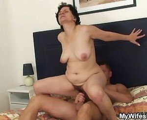 Bf fuck his stepmom and get caught by his gf