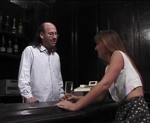 Mature brunette sucks hairy bartenders hard pole then gets fucked