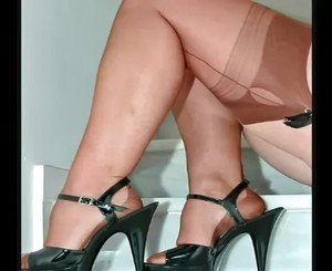 Classy Mature Females in Sheer Nylons