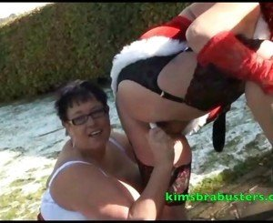 Xmas pussy lickers Granny Kim with Sweet Honey