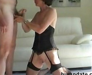 Horny mature sucks hubbys cock and gets defaced