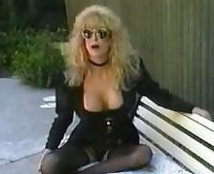 Blonde mature got a good assfuck outdoorsfdcr.flv